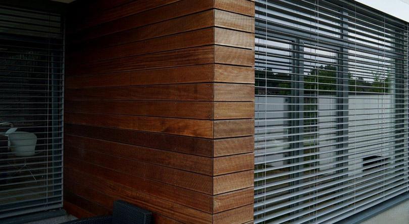 żaluzje fasadowe, żaluzje zewnętrzne, osłony zewnętrzne, Fassadenjalousien, Facade shutters, żaluzje ANWIS